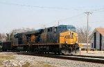 CSX 5214 & 5240 lead a train southbound