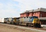 CSX 622 & 656 lead train Q740