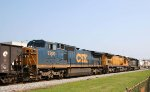 CSX 7300 heads northbound