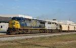 CSX 5013 leads train Q451 southbound