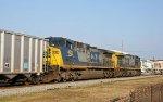 CSX 518 & 472 lead train N116-18 northbound