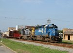 CSX 8867 & 7795 lead train F774 northbound