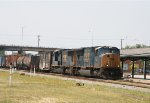 CSX 4753 leads train Q406 northbound