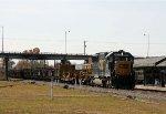 CSX 8637 leads train F017 northbound