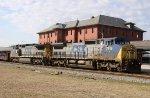 CSX 7916 & 7861 lead train F774-30 northbound