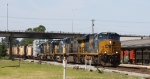 CSX 877 leads train Q400 north with a high & wide load