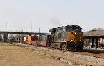 CSX 3398 leads train Q192-07 northbound