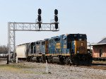 CSX 2035 & 2041 lead train Y122-09 past the signals at Charlie Baker