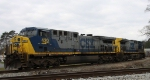 CSX 420 & 275 sit in the wye