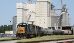 CSX 8502 & 741 switch a cut of cars into a plant