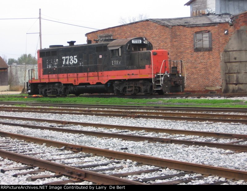 ETRY 7735 is a GP10  that has seen service on several railroads