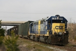 CSX 6084 leads train F724 eastbound