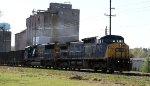 CSX 7671 leads train K760-21