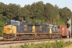 Train Q438-29 splits the signals