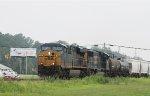 CSX 709 leads train Q438-05