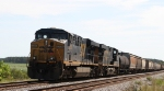 CSX 5206 is on the point of Q401 in the siding