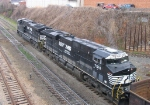 NS 7510 trails another ES40DC unit on an NS train