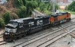 NS 9255 & BNSF 4544 have detached from their grain train 52A