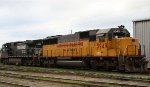 CRIX 5949 & NS 9598 sit in Glenwood Yard