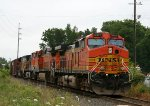 BNSF 5467 is the lead unit on NS train 349