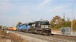 NS 9864 leads train 350 eastbound at D&S Junction