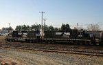 NS 5563 & 5561 head back to the yard