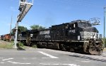 NS 8950 leads train 351 out of Glenwood yard