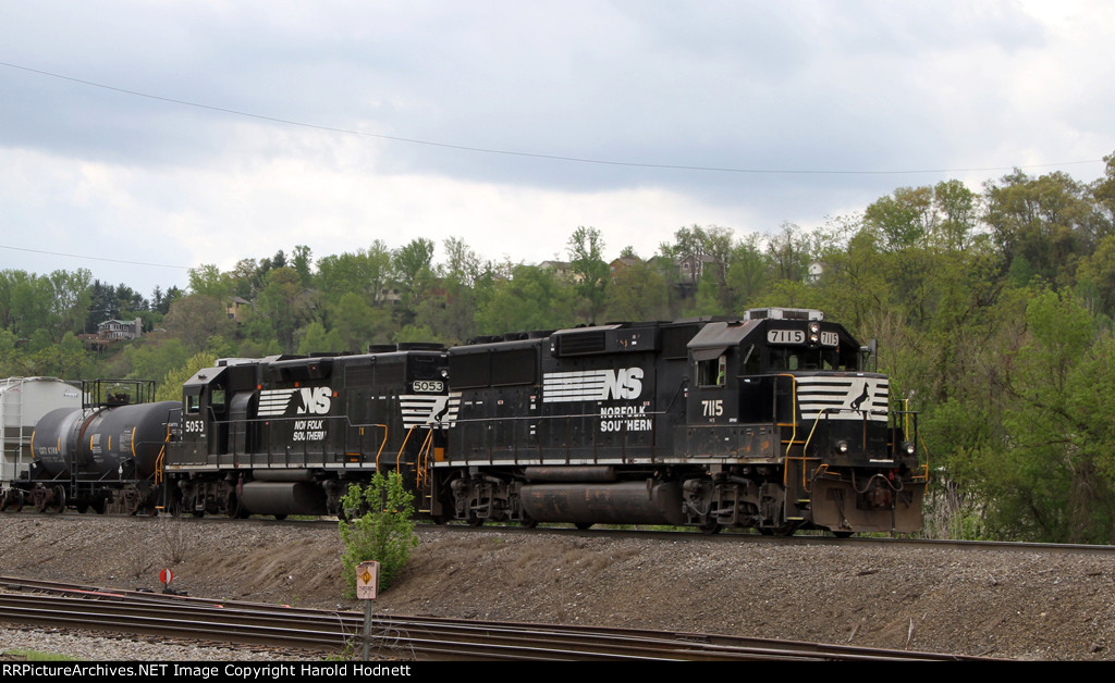 NS 7115 & 5053 work the yard on train PA01
