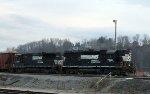 NS 7016 leads train P34