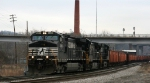 NS 9359 leads train 923 past Russell into the yard