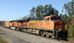 BNSF 6041 & 7618 lead NS train 162 eastbound