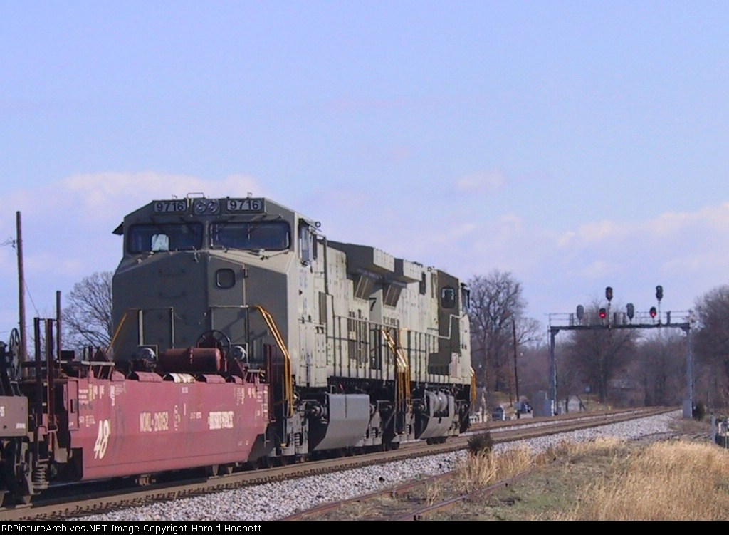 """NS 9707 leads another """"stealth"""" unit (9716) northbound with an intermodal train"""