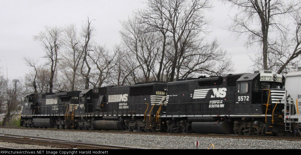 NS 5572 is the last unit on train 129 as it heads south