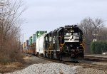 NS 5183 leads the A&Y job down the lead with stack cars in tow