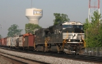 NS 2647 leads train 158