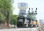 NS 7100 leads train 213 