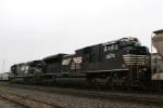 NS 2674 trails NS 8789 on train 350