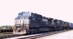 NS 8992 leads train P30 into Pomona Yard off the K line