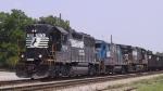 NS 7074 & 4054 lead a southbound train