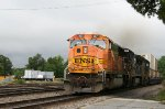 BNSF 8871 leads a northbound intermodal train