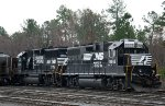 NS 5565 & 4640 sit in the yard