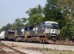 NS 9387 & 9213 lead train 158 northbound