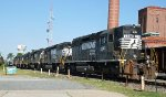 NS 3240 leads an all EMD lineup