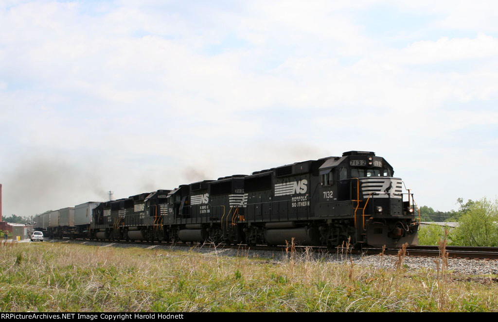 NS 7132 leads a quartet of GP60's on a southbound intermodal train