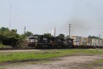 NS 9544 leads train 204 northbound