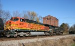 NS 8792 & BNSF 4610 pass the old ice plant
