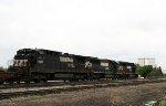 NS 8655 heads south on train 213