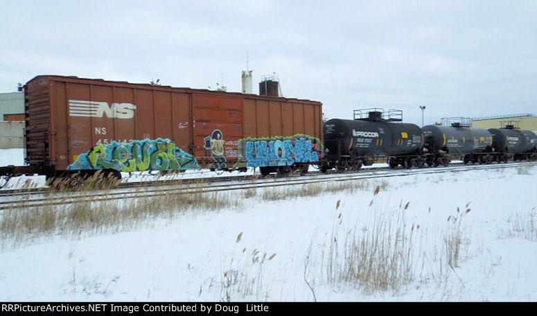 NS 451142