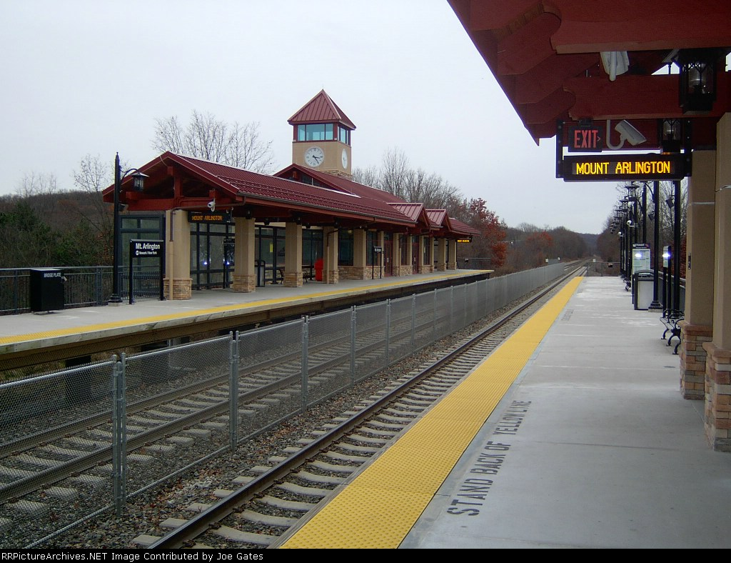 Mount Arlington Station