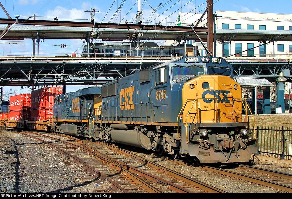 CSX 8745 Q190